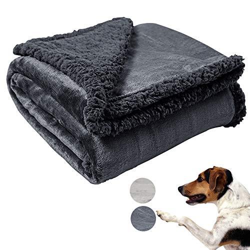 softan Manta de Mascotas, Reversible de Franela y Sherpa, Suave Manta para Camas de Perros Gatos y Otros Animales Pequeños, Medianos y Grandes,76x100cm, Gris Oscuro