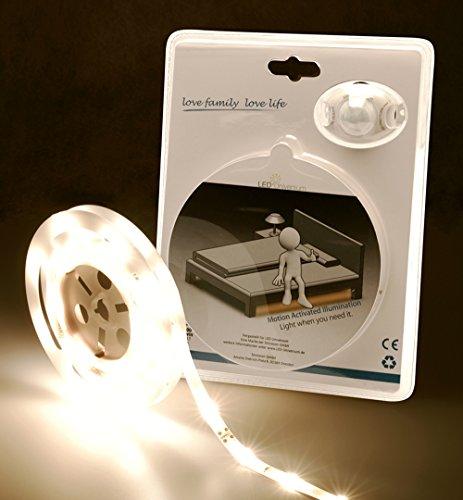 LED Universum Éclairage de lit LED blanc chaud pour un lit simple avec détecteur de mouvement et capteur de luminosité (kit LED 12 V avec bloc d'alimentation, détecteur de mouvement, longueur 1,2 m)