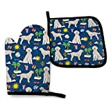 MSGUIDE Goldendoodle Dog Beach Puppy Oven Mitts and Pot Holders Set, Heat Resistant Kitchen Gloves with Inner Cotton Layer for Cooking Baking Grilling