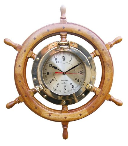 Nautic Spezial MV Uhr im Bullauge im Steuerrad