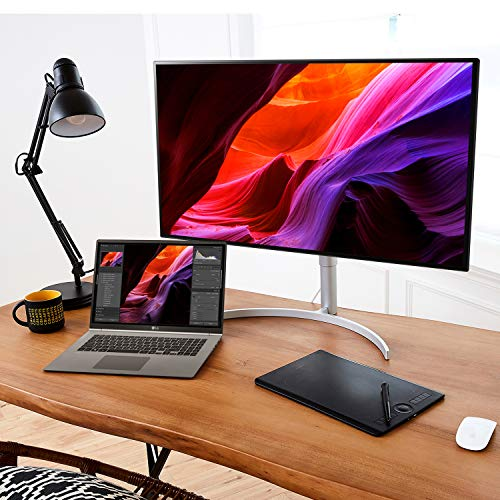 "LG Gram 17Z990-R.AAS9U1 Thin and Light Laptop, 17"" (2560 X 1600) IPS Display, Intel 8th Gen Core i7, 16GB RAM, 1TB (512GB x 2) Nvme SSD, Up to 19.5 Hour Battery, Thunderbolt 3, Dark Silver"
