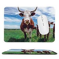 草地の牛滑り止めゴムベースのマウスパッド、厚みのある継ぎ目、ラップトップオフィスに適しています9.8X11.8インチ