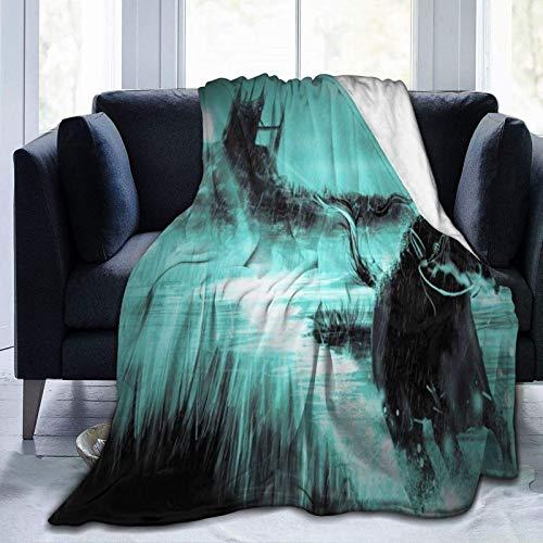 Manta de forro polar ultra suave, para hombre corriendo a caballo en la noche lluviosa, castillo, decoración del hogar, manta cálida para sofá o cama, 150 x 40 pulgadas