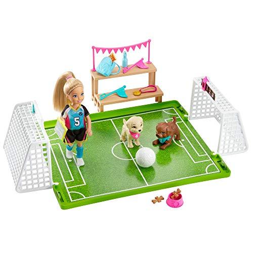 Barbie- Dreamhouse Adventures Bambola Chelsea Playset con Accessori da Calcio Giocattolo per Bambini 3+ Anni, GHK37