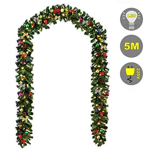 Baunsal GmbH & Co.KG Weihnachtsgirlande Tannengirlande Girlande grün 5 m mit bunter Dekoration geschmückt und Lichterkette mit LEDs