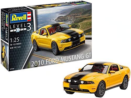 Revell 0704610Maqueta de 2010Ford Mustang GT en Escala 1: 25, Nivel 3