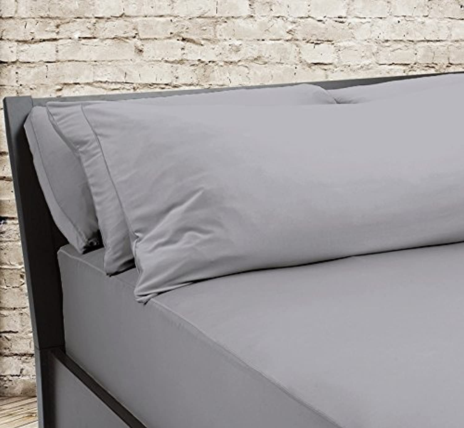 SHEEX – Original Performance Fitted Sheet, 1 (One) Fitted Sheet ONLY, Ultra-Soft Fabric Transfers Body Heat and Breathes Better Than Traditional Cotton, Graphite (King)