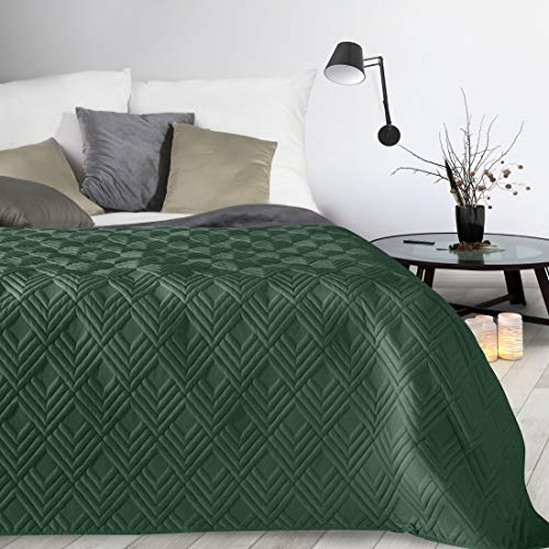 Design91 Tagesdecke Alara Gesteppter Bettüberwurf Einfarbig Steppung 3D Geometrisches Muster Ganzjährig (Dunkelgrün 1, 220 x 240 cm)