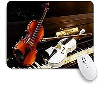 PATINISAマウスパッド ピアノの鍵盤は白と木のバイオリンのためのヴィンテージ楽譜です ゲーミング オフィス おしゃれ 良い 滑り止めゴム底 ゲーミングなど適用 マウス 用ノートブックコンピュータマウスマット