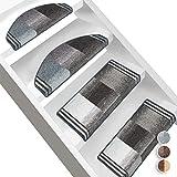 Floordirekt Stufenmatten Ikaria   Halbrund oder Eckig   Treppenmatten in 3 Farben   Hochwertig & robust   Stufenteppich für Innen (Grau, Halbrund 65 x 23,5 cm)