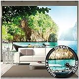 Great Art Fototapete – Fischer-Boot in tropischer Bucht – Wandbild Dekoration Urlaub Reisen Strand Paradies Bay Natur Insel Meer Travel Beach Foto-Tapete Wandtapete (336 x 238 cm)
