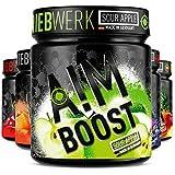 AIM BOOST Sour Apple - Booster de rendimiento (400 g, 40 porciones, 23 principios activos, cafeína de 247 mg + tirosina + teanina, 8 vitaminas, poco azúcar)
