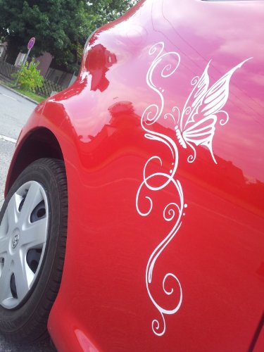 2 x Schmetterling Aufkleber für Motorhaube Heckscheibe Seite oder Autoscheibe (1x links 1x rechts) - ca 58 x 25 cm - Autodekor Autoaufkleber Car Tattoo Auto Car Blumenranke Ranke (schwarz)