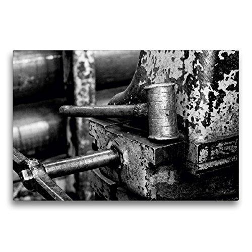 CALVENDO Premium Textil-Leinwand 75 x 50 cm Quer-Format Eisenhammer an der Drehbank, Leinwanddruck von Gerhard Bomhoff