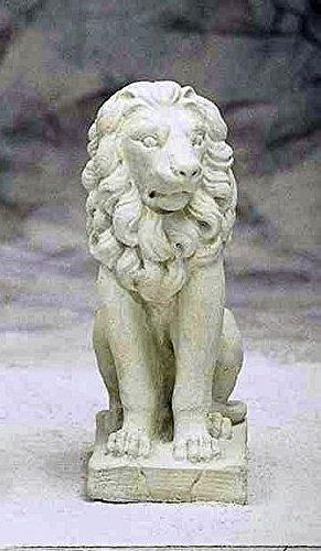 pompidu-living Löwe sitzend rechts, Stone Lion, Gartenfigur, Steinfigur, Steintier Farbe Sandstein
