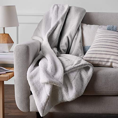 Amazon Basics Ultra-Soft Micromink Sherpa Blanket - King, Grey