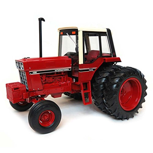 ERTL 1:16 IH 1486 Tri-Stripe Tractor w/Rear Duals