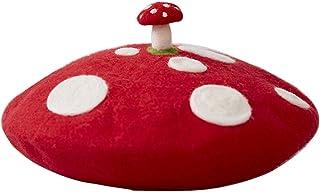 قبعة حريمي من الصوف عليها رسمة الفطر الأحمر اليدوية لفنان الرسام العتيق