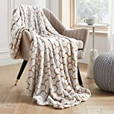 VEEYOO Throw Blankets Twin Size - Fluffy Warm Blankets and Throws for All Seasons, Soft Cozy Flannel Plush Blanket for Couch, Sofa, Office, Brown Honeycomb Pattern