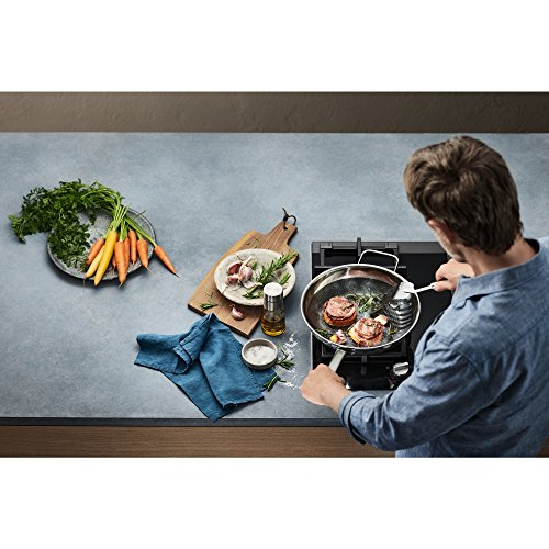 WMF Professional Resist Wok Diameter 28 cm Multi-layer Material Fully Coated Honeycomb Structure Plastic Handle Suitable for Induction Cookers Black Fully coated Black stainless steel