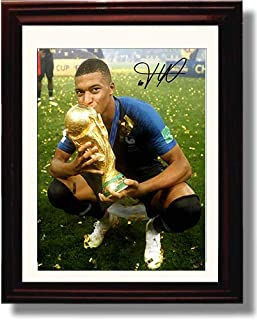 Framed Kylian Mbappe - France World Cup 2018 Trophy - Autograph Replica Print