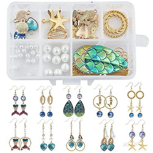 SUNNYCLUE 1 Caja DIY 10 Pares Aretes Estilo Escama de Pez Kits de Fabricación de Amuletos de Cola de Sirena Amuletos Estrella de Mar Amuletos Concha de Cauri Colgantes Perlas Vidrio Ganchos