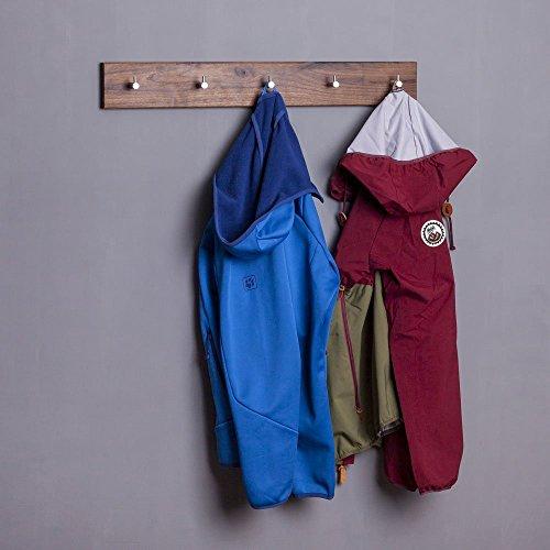 WOODS Hakenleiste Garderobe Holz massiv I Garderobenleiste Landhaus I Moderne Wandgarderobe aus Holzhandgefertigt in Bayern I Handtuchhalter I Garderobenpaneel (55cm (5 Haken), Nussbaum)