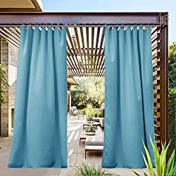 Turquoise outdoor curtains to decorate the backyard