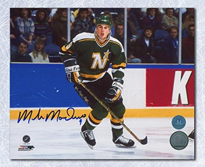 Mike Modano Signed Photo  Horizontal 8x10  Autographed NHL Photos
