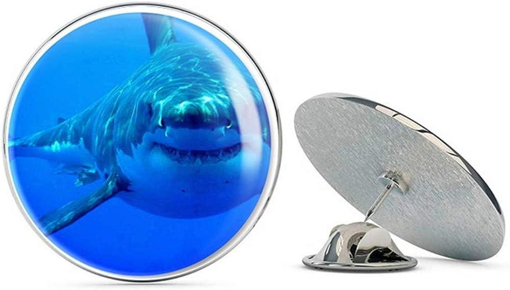 Great White Shark Round Metal 0.75