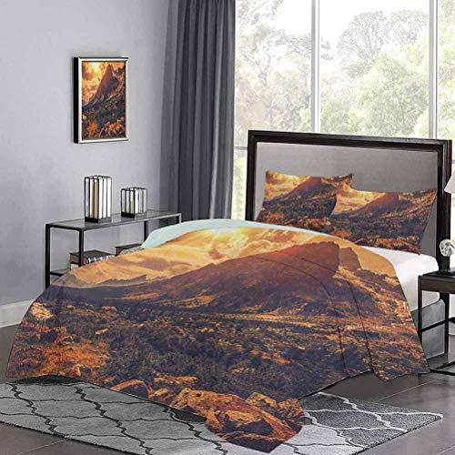 Yoyon Tagesdecken Bettdecke Italienische Alpen Landschaft Norditalien Felsen Granit Wildpflanzen Szenisches Bild Sommerbettwäsche Fühlen Sie keinen Juckreiz oder Rauheit Gelb Hellbraun