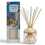 YANKEE CANDLE Diffusore di Aroma a Bastoncini, nella Baita a lume di Candela, 120 ml, Durata della fragranza: Fino a 10 Settimane