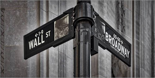 Acrylglasbild 100 x 50 cm: NYC Wall Street And Broadway Sign-New York City´s Broadway Canyon of Heroes and Wall Street Sign. von age fotostock / Mauritius Images - Wandbild, Acryl Glasbild, Druck a...