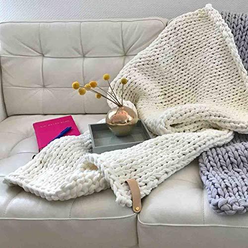 Adorist Chunky Knit Kuscheldecke Juna 80x130cm - Strickdesign im skandinavischen Stil - Strickdecke grob -Ideal als : Sofadecke - Überwurf fürs Bett/Sofa - Bettüberwurf - Plaid- Snow White weiß Weiss