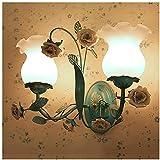 Apliques de pared Shabby Apliques de pared Accesorios Cerámica creativa Rose Floral Art Deco Lámpara de pared E27 con pantalla de vidrio para dormitorio Lámpara de noche Escalera Pasillo Sala de