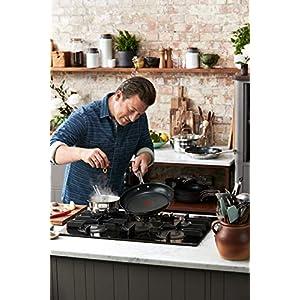 Tefal E011S2.VEG Special Edition Jamie Oliver Brushed Pfannenset, 2-teilig, bestehend aus Pfanne 24 cm (E85604) und Pfanne 28 cm (E85606), inkl. exklusivem Jamie Oliver Veggie Rezeptheft, Edelstahl