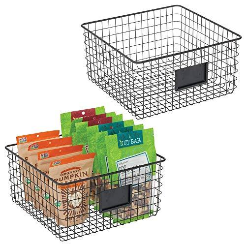 mDesign Juego de 2 Cajas Multiusos de Metal – Caja organizadora con Espacio para Poner Etiqueta para Cocina, despensa, etc. – Cesta de almacenaje de Alambre, compacta y Universal – Negro Mate