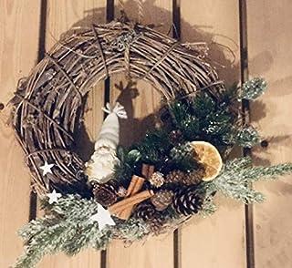 Ghirlanda natalizia in legno intrecciato, con babbo natale abete cannella pigne arancia essicata