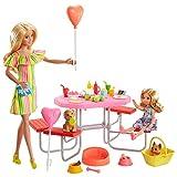 Barbie Famille coffret Pique-Nique avec poupée et mini-poupée Chelsea, 2figurines chiots, table et 25accessoires, jouet pour enfant, GNC61
