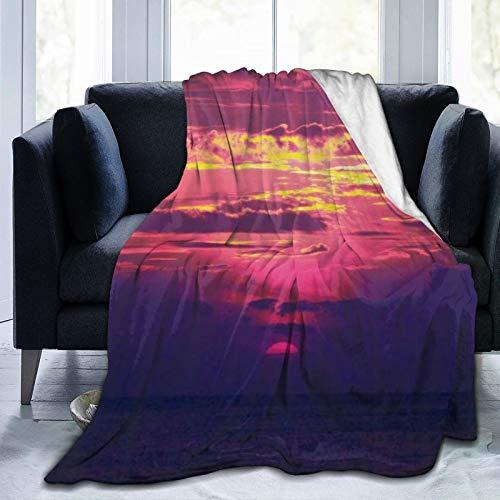 QIUTIANXIU Mantas para Sofás de Franela 150x200cm Espectacular y Hermosa Vista del Amanecer Fucsia Nubes Amarillas Doradas Sol Creciente Nivel del mar Océano Manta para Cama Extra Suave