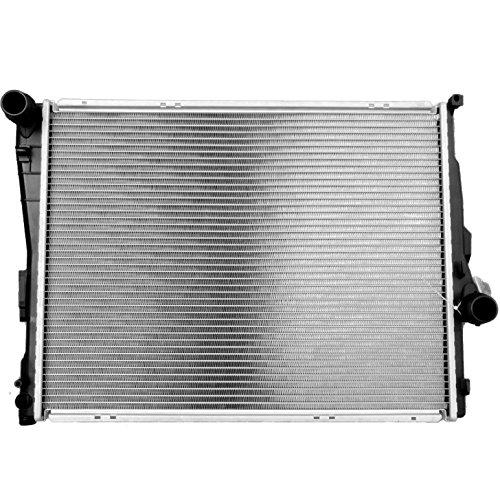 2003 bmw 320i radiator - 1