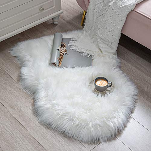 BAYKA Faux Sheepskin Fur Area Rug, Luxury Fluffy Area Rug, Soft Fuffy Carpet Rug for Bedroom, Children's Room, Decor Rug, 2x3 Feet, Pear White