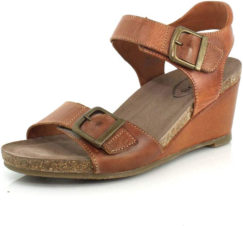 Taos Footwear Women's Buckle Up Sandal