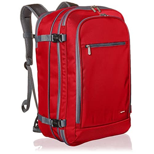 AmazonBasics - Zaino da viaggio/bagaglio a mano, Rosso - 50L