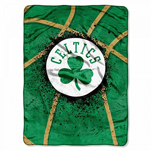 Kevin Garnett #5 Boston Celtics NBA Woven Tapestry Throw Blanket (48x60 )