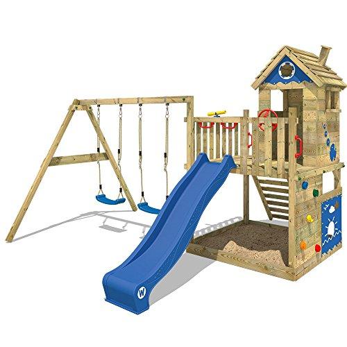 WICKEY Spielturm Smart Lodge 120 - Klettergerüst mit Stelzenhaus, Schaukel, Sandkasten, Kletterwand und -leiter, blauer Plane, blauer Wellenrutsche und viel Spiel-Zubehör