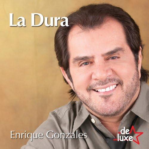 Enrique Gonzales y De Luxe