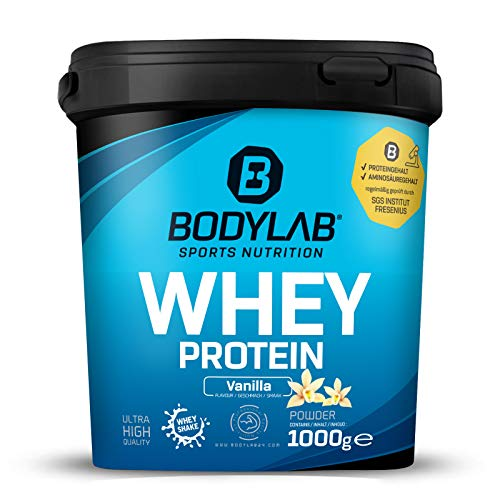 Protein-Pulver Bodylab24 Whey Protein Vanille 1kg / Protein-Shake für Kraftsport & Fitness / Whey-Pulver kann den Muskelaufbau unterstützen / Hochwertiges Eiweiss-Pulver mit 80% Eiweiß / Aspartamfrei