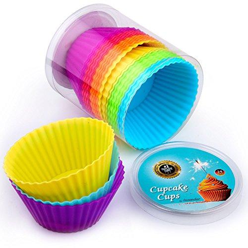 Premium Silikon Muffinförmchen von Insonder – 24 Cupcake Brownie Muffin Förmchen Set in 6 Farben – Silikonbackformen für Groß und Klein - Ideal für Geburtstage – Kein Papier Form – Muffinsform ins Blau, Grün, Gelb, Orange, Rot, Lila - Kuchen