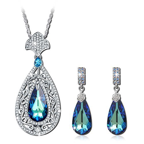 QIANSE Peacock Jewelry Set Made with Swarovski Crystals, Pendant Necklace and Earrings Set